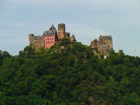 シェーンブルク城 - Schönburg Castle